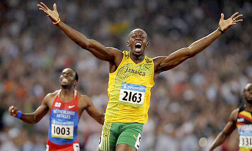 http://humankinetics.files.wordpress.com/2008/12/usain-bolt-olympics-200m.jpg