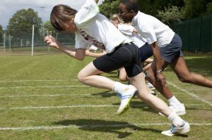 Students-racing-in-PE-class